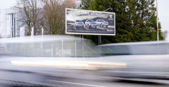 13M2_Landscape_Billboards_Peugeot_1