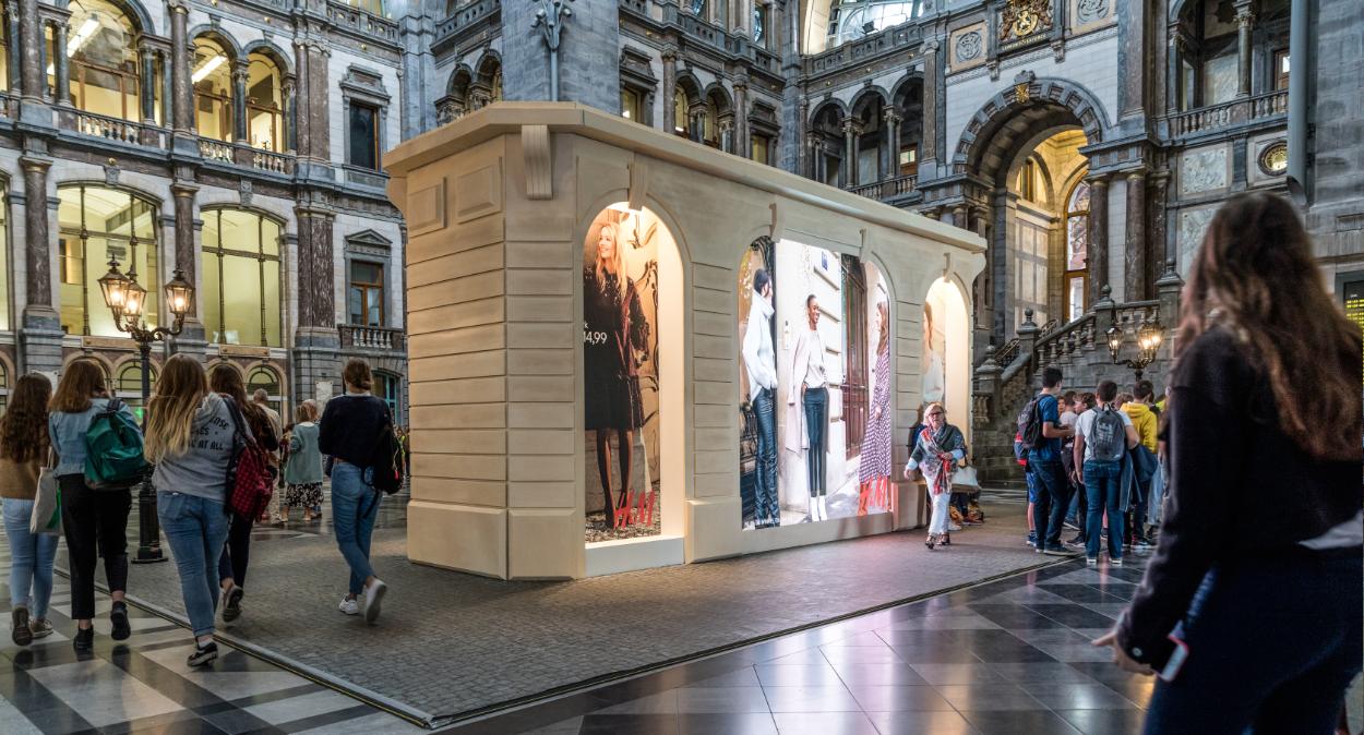 H&M Parisian Kiosk